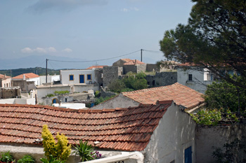 The traditional village of Kythira Aroniadika